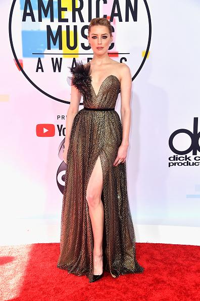 アメリカン・ミュージック・アワード「2018 American Music Awards - Arrivals」:写真・画像(6)[壁紙.com]