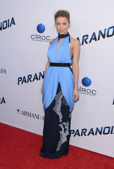 "Halter Top「Premiere Of Relativity Media's ""Paranoia"" - Arrivals」:写真・画像(5)[壁紙.com]"