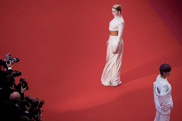 "72nd International Cannes Film Festival「""Les Miserables"" Red Carpet - The 72nd Annual Cannes Film Festival」:写真・画像(5)[壁紙.com]"