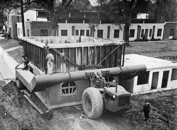 Postwar「A Swift Solution」:写真・画像(11)[壁紙.com]