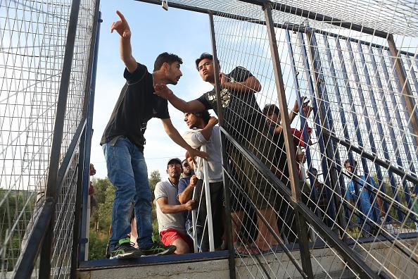 Lesbos「Refugees Remain Stranded On Lesbos」:写真・画像(15)[壁紙.com]