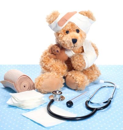 Doll「Suffering Sick Sweet Teddy Bear in Hospital」:スマホ壁紙(3)