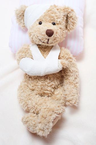 Stuffed Animals「Suffering Sick Sweet Teddy Bear in Hospital」:スマホ壁紙(5)