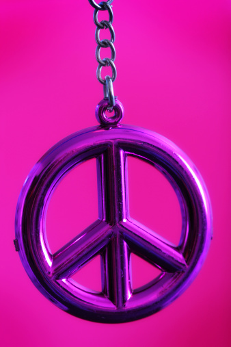 Symbols Of Peace「Pink Peace」:スマホ壁紙(18)