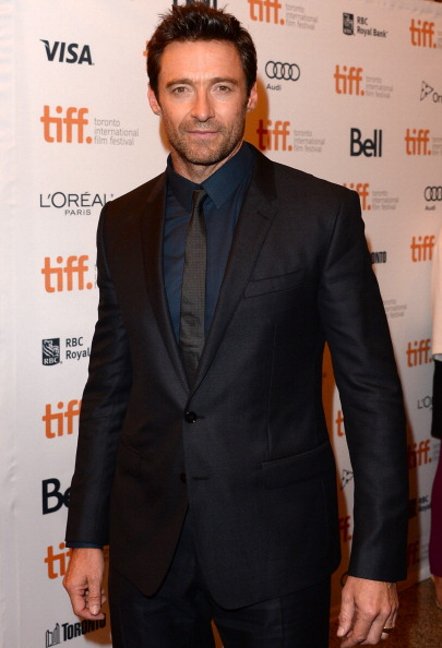 "Full Suit「""Prisoners"" Premiere - Arrivals - 2013 Toronto International Film Festival」:写真・画像(12)[壁紙.com]"