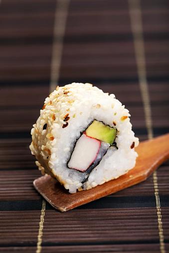 persimmon「Urumaki sushi」:スマホ壁紙(19)