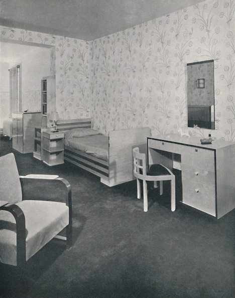 Dressing Table「A Nursery Designed For The Frankl Galleries」:写真・画像(11)[壁紙.com]