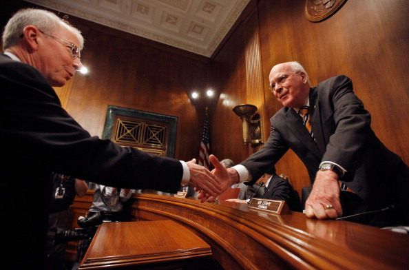 Bud「Senate Judiciary Committee Holds Hearing On Protecting Mobile Privacy」:写真・画像(19)[壁紙.com]