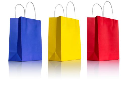 グッディバッグ「3 つの紙のショッピングバッグ、白の 3 /4 の眺め」:スマホ壁紙(8)