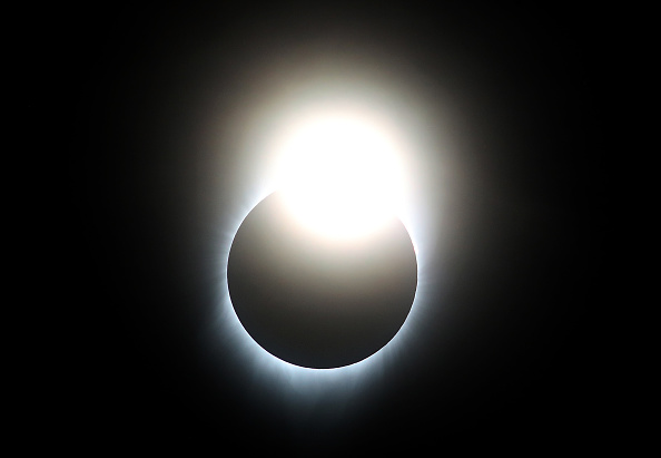 Eclipse「Solar Eclipse Visible Across Swath Of U.S.」:写真・画像(2)[壁紙.com]