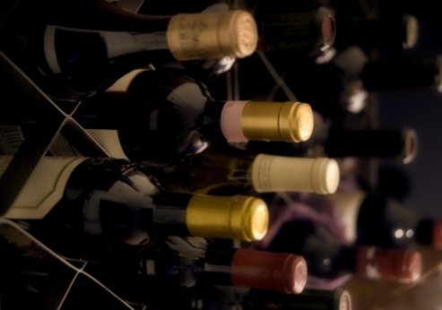 Wine Bottle「Rows of wine in boxes」:スマホ壁紙(9)