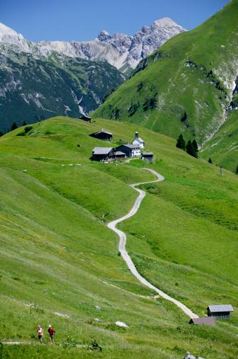 Lechtal Alps「Colony in austrian alps (Walsersiedlung)」:スマホ壁紙(19)