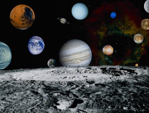 月「Planets of the Solar System」:スマホ壁紙(17)
