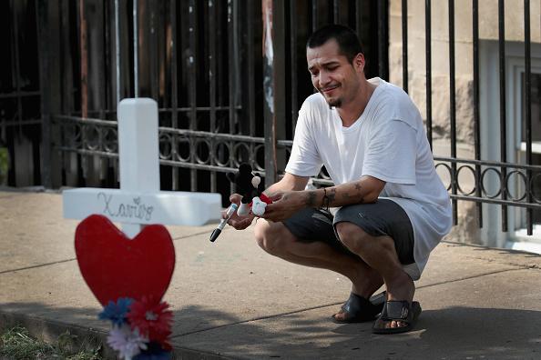 Scott Olson「Six Children Among The Dead In Overnight Chicago Building Fire」:写真・画像(7)[壁紙.com]