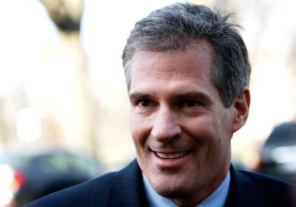 Variation「Massachusetts Senator-Elect Scott Brown Comes To Capitol Hill」:写真・画像(5)[壁紙.com]