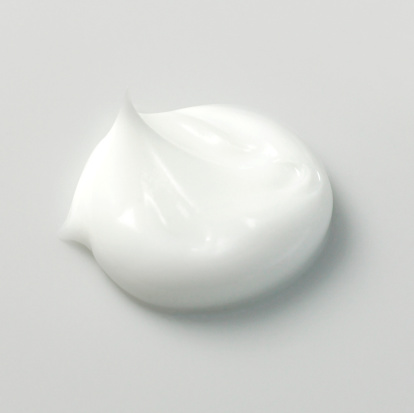 Moisturizer「Portion of white cream, close-up」:スマホ壁紙(2)