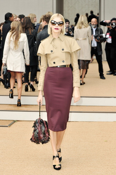 Beige「Burberry Prorsum - Arrivals: London Fashion Week SS14」:写真・画像(2)[壁紙.com]