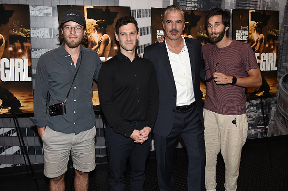 """Small Group Of People「""""White Girl"""" New York Premiere」:写真・画像(11)[壁紙.com]"""