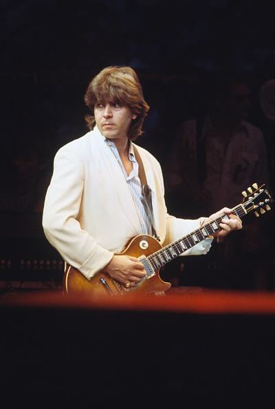 爪弾く「Bob Dylan 1984 European Tour」:写真・画像(8)[壁紙.com]