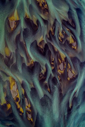 Waterfall「Glacial river flows, north Iceland」:スマホ壁紙(5)