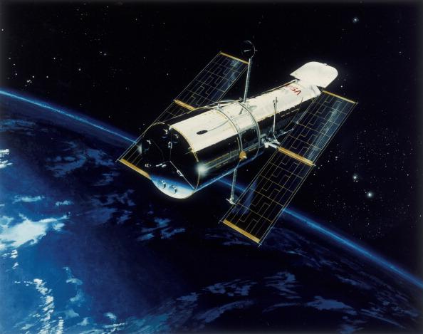 Hubble Space Telescope「Hubble Space Telescope in orbit, 1980s」:写真・画像(19)[壁紙.com]