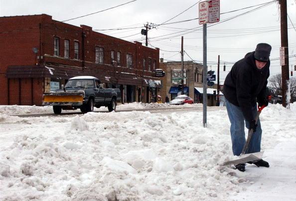 Snowdrift「Major Winter Storm Hits Ohio Before Christmas」:写真・画像(19)[壁紙.com]