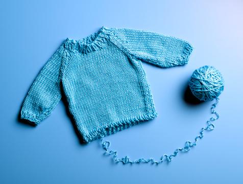 Wool「Blue Sweater Unraveling」:スマホ壁紙(0)