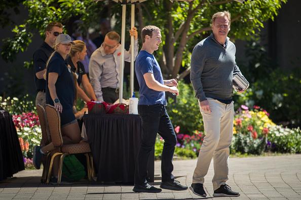 スポーツ「Annual Allen And Co. Meeting In Sun Valley Draws CEO's And Business Leaders To The Mountain Resort Town」:写真・画像(9)[壁紙.com]