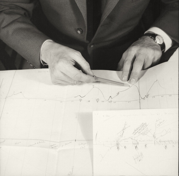 Pencil「Heimito Von Doderer In His Study. Waehringerstrasse 50/14. Vienna. About 1955. Photograph By Franz Hubmann」:写真・画像(11)[壁紙.com]