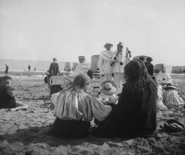 Coastline「Pierrot Clowns English Beach」:写真・画像(15)[壁紙.com]