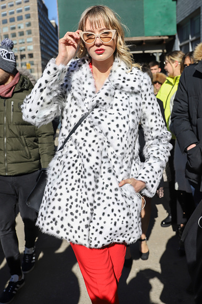 Achim Aaron Harding「Street Style - New York Fashion Week February 2019 - Day 3」:写真・画像(16)[壁紙.com]