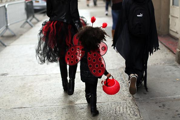 ハロウィン「Annual Halloween Parade Held In New York's Greenwich Village」:写真・画像(19)[壁紙.com]