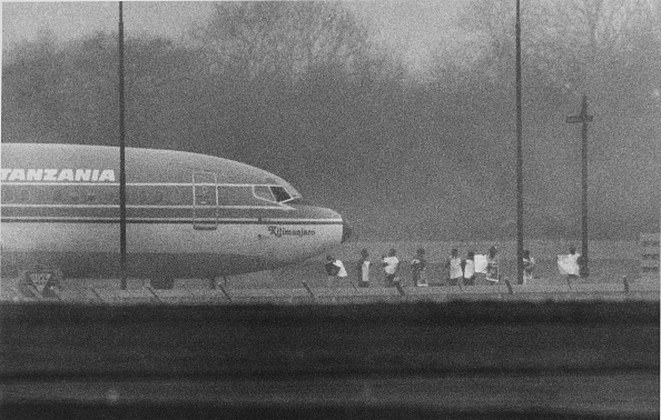 Jiddah「Hijacked Airliner At Stanstead」:写真・画像(6)[壁紙.com]