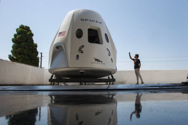 Spacex Prepares For First Manned Spaceflight With NASA Astronauts:ニュース(壁紙.com)