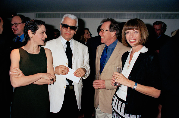 1998「Karl Lagerfeld Couture House Party」:写真・画像(18)[壁紙.com]
