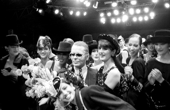 Bouquet「Karl Lagerfeld 1984 fall/winter collection」:写真・画像(17)[壁紙.com]