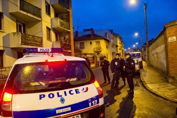 France「Police Surround Toulouse Shooting Suspect」:写真・画像(4)[壁紙.com]