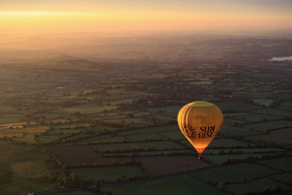 Hot Air Balloon「Hot Air Balloons Launched To Open Bristol International Balloon Festival」:写真・画像(17)[壁紙.com]