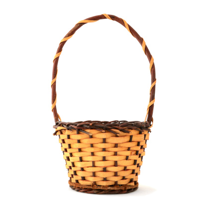 Basket「Woven wooden basket with handle on white background」:スマホ壁紙(16)
