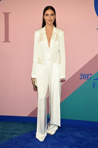 アドリアナ・リマ「2017 CFDA Fashion Awards - Arrivals」:写真・画像(14)[壁紙.com]