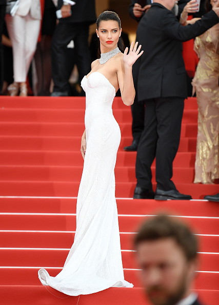 アドリアナ・リマ「'Loveless (Nelyubov)' Red Carpet Arrivals - The 70th Annual Cannes Film Festival」:写真・画像(6)[壁紙.com]