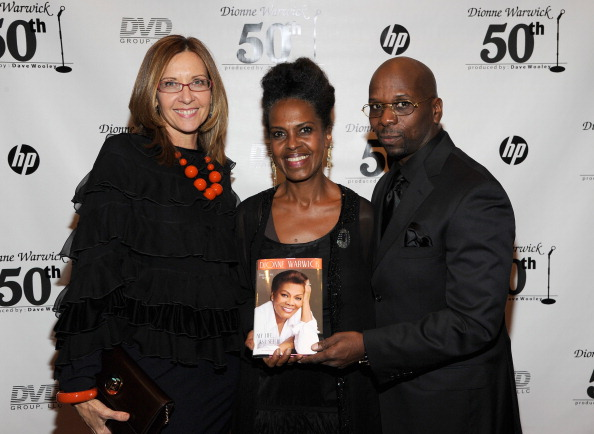 Penthouse「Dionne Warwick 50th Anniversary In Show Business Gala」:写真・画像(11)[壁紙.com]