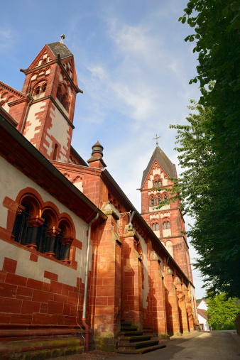 High Dynamic Range Imaging「Church in Mettlach」:スマホ壁紙(3)