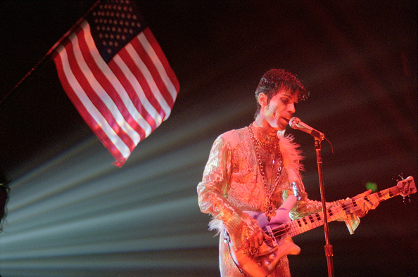Prince - Musician「Prince Live At Wembley Arena」:写真・画像(17)[壁紙.com]