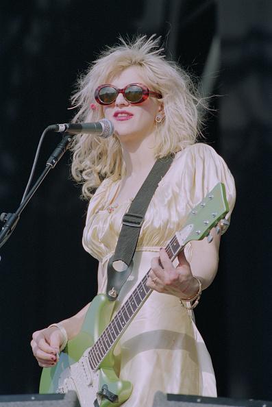 コートニー・ラブ「1994 Reading Festival」:写真・画像(3)[壁紙.com]
