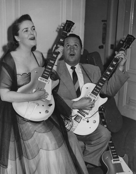 Musical instrument「Les Paul And Mary Ford」:写真・画像(14)[壁紙.com]