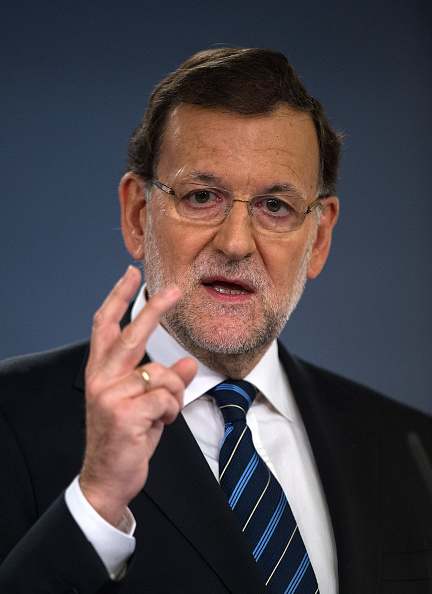 Mariano Rajoy Brey「Spanish Prime Minister Mariano Rajoy Reacts To Unofficial Catalonian Referendum」:写真・画像(16)[壁紙.com]