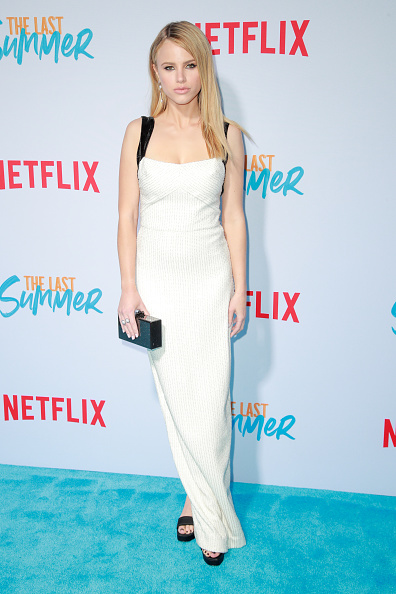 "Purse「Special Screening Of Netflix's ""The Last Summer"" - Arrivals」:写真・画像(17)[壁紙.com]"