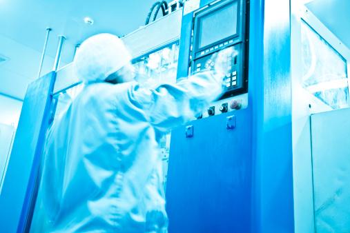 機械「クリーンルームでの製薬工場」:スマホ壁紙(4)