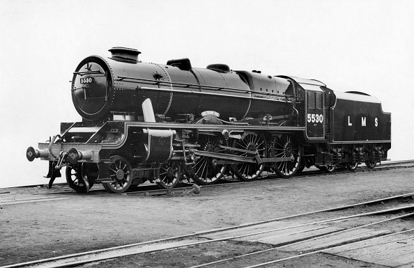 United Archives「LMS converted patriot Class 4-6-0 locomotive No.5530 fitted with taper boiler and double chimney. January 1947」:写真・画像(4)[壁紙.com]